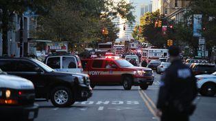 Des véhicules de police et des ambulances près près deslieux de l'attentat qui a touché Manhattan, le 31 octobre 2017. (MAXPPP)
