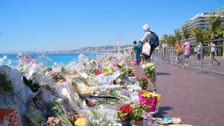 Sur la promenade des Anglais, à Nice, le 20 juillet 2016. (ERICK GARIN / CITIZENSIDE / AFP)