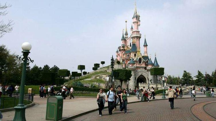 """(""""L'homme arrêté jeudi à Disneyland Paris va rester 24 heures de plus en garde à vue, mais l'affaire n'a pas de caractère terroriste"""" © MaxPPP)"""