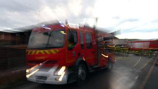 Une adolescente de 13 ans a pratiqué un massage cardiaque sur sa mère jeudi 28 décembre à Marignane (Bouches-du-Rhône) alors que la femme de 40 ans faisait un arrêt cardio-respiratoire. (MAXPPP)