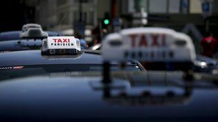 Des taxis parisiens lors d'une manifestation dans la capitale, le 16 juin 2015. (MAXPPP)