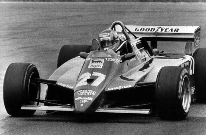 Le Canadien Gilles Villeneuve, au volant de la Ferrari N.27, lors de la saison 1982. (HEINZ DUCKLAU/AP/SIPA / SIPA)