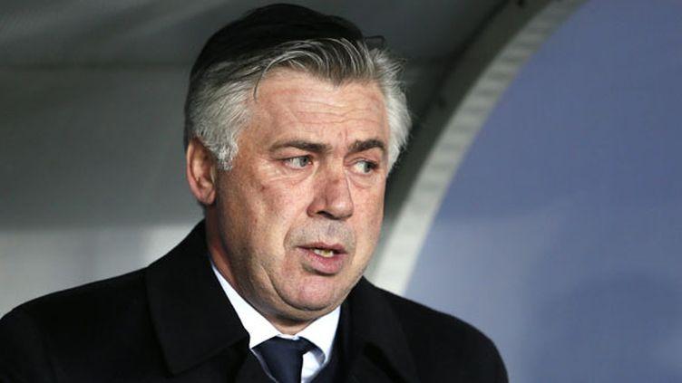 Carlo Ancelotti ne sera peut-être plus sur le banc parisien la saison prochaine (KENZO TRIBOUILLARD / AFP)