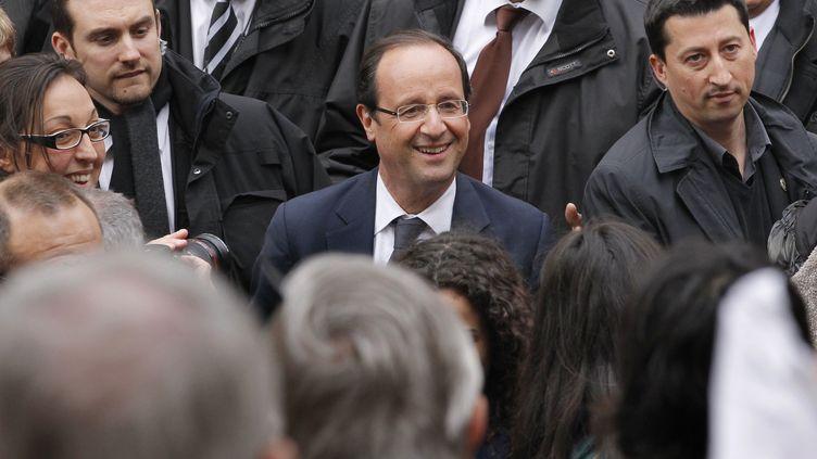 François Hollande en campagne à Albi (Tarn), lundi 16 avril 2012. (PATRICK KOVARIK / AFP)