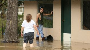 Tempêtes, tornades,blizzards, pluies glaçantes et inondations o,nt provoqué la mort de 43 morts au totaldepuis le début des intempéries, auNouveau-Mexique, au Texas, au Missouri, en Alabama (sur la photo), au Mississippi et en Géorgie. (? MARVIN GENTRY / REUTERS / X02859)