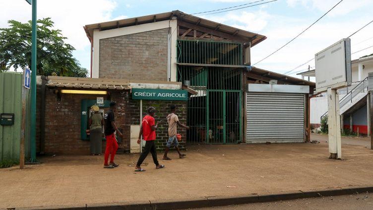 Mamoudzou, à Mayotte, le 6 février 2021 lors du confinement décidé pour endiguer les contaminations au Covid-19. (ALI AL-DAHER / AFP)