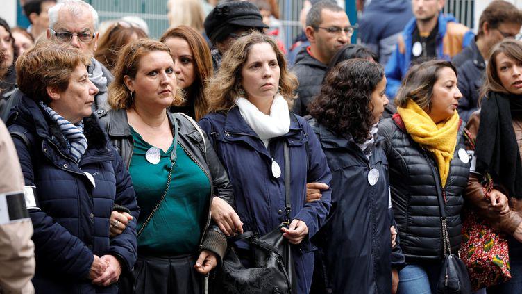 Une marche des directeurs d'école en hommage à Christine Renon, à Pantin, le 5 octobre 2019. (GEOFFROY VAN DER HASSELT / AFP)