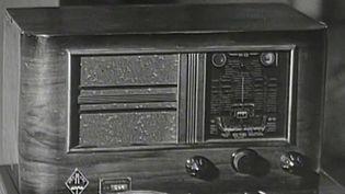 100 ans de la radio: la France célèbre un siècle d'innovations sur ses ondes (FRANCEINFO)