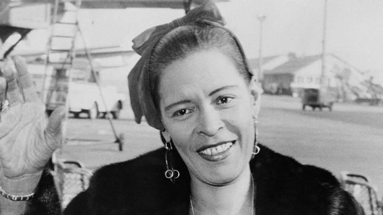 Billie Holiday en 1958 à l'aéroport d'Orly, près de Paris  (UPI / AFP)