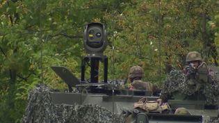 Armée belge : des blindés trop petits qui suscitent des critiques (CAPTURE ECRAN FRANCE 2)