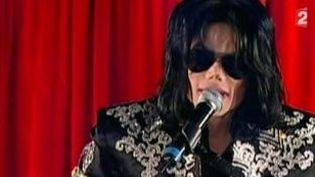 """Album posthume de Michael Jackson : """"Breaking News"""" en téléchargement gratuit  (Culturebox)"""