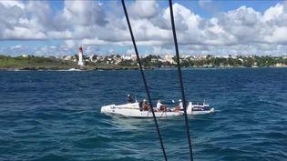 Des rameurs ont mis 47 jours et trois heures pour rallier les Canaries (Espagne) à la Guadeloupe. (France 3)