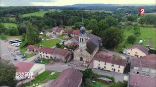 Comment le maire des Voivres, dans les Vosges, repeuple son village (FRANCE 2 / FRANCETV INFO)
