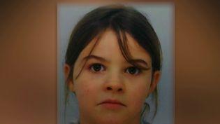 Mia, 8 ans, a été enlevée par trois ravisseurs, mardi 13 avril, dans la commune des Poulières (Vosges), au domicile de sa grand-mère. (CAPTURE ECRAN FRANCE 3)
