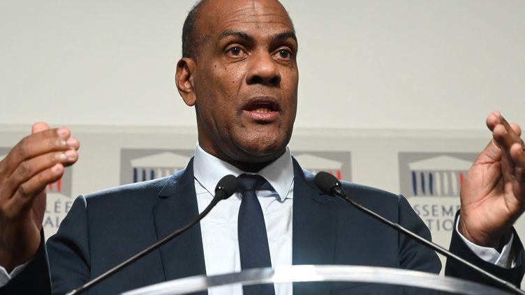 Le député Serge Letchimy lors d'une conférence de presse à l'Assemblée nationale, le 26 novembre 2019, à Paris. (DOMINIQUE FAGET / AFP)