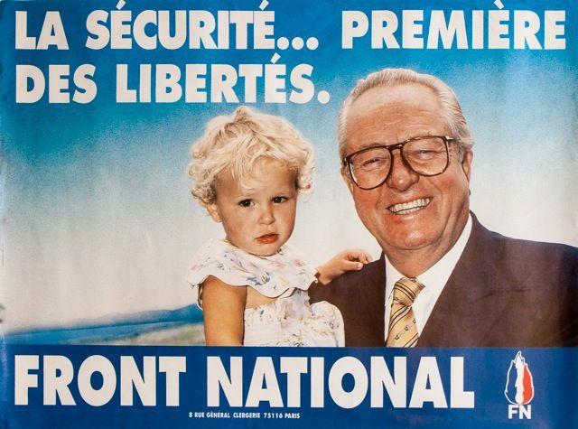 Affiche de campagne de Jean-Marie Le Pen pour les régionales en Paca, en 1992. (FRANCETV INFO)