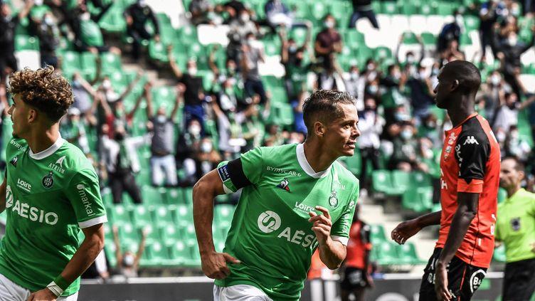 Romain Hamouma a délivré son club face à Lorient (JEFF PACHOUD / AFP)