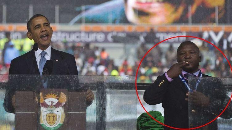 Barack Obama lors de son discours pendant l'hommage à Nelson Mandela, en Afrique du Sud, le 10 décembre 2013. A ses côtés, le faux interprète en langue des signes. (EVAN VUCCI / AP / SIPA)
