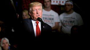 Donald Trump fait un discours de remerciement après son élection, le 15 décembre 2016 à Hershey, en Pennsylvanie. (BASTIAAN SLABBERS / NURPHOTO / AFP)