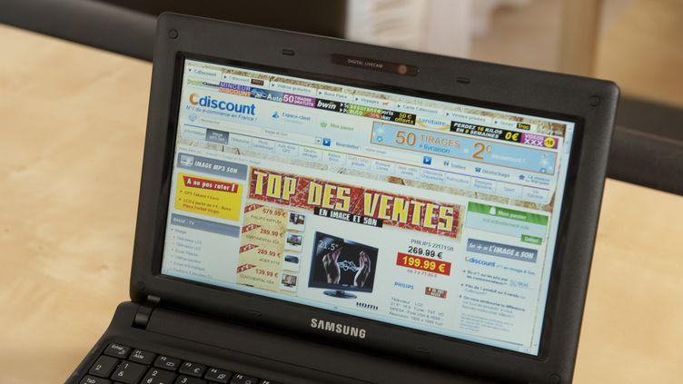 Le site Cdiscount, qui compte plus de 9.000 commerçants partenaires (Image d'illustration). (JULIEN THOMAZO / PHOTONONSTOP)