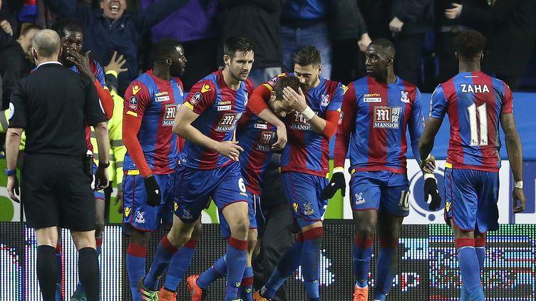 Les joueurs de Crystal Palace heureux de la qualification pour les demi-finales de Coupe d'Angleterre. (JUSTIN TALLIS / AFP)