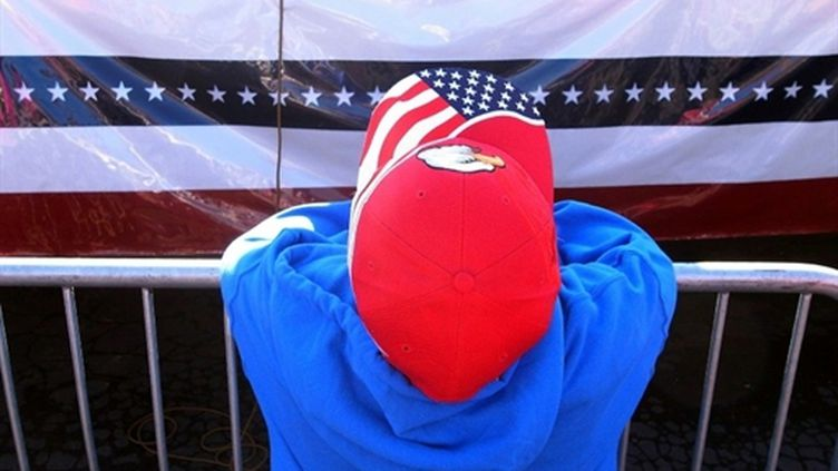 """Un enfant assiste au lancement de la tournée """" Tea Party Express """" à Reno, le 18 Octobre 2010. (AFP - Spencer Platt)"""