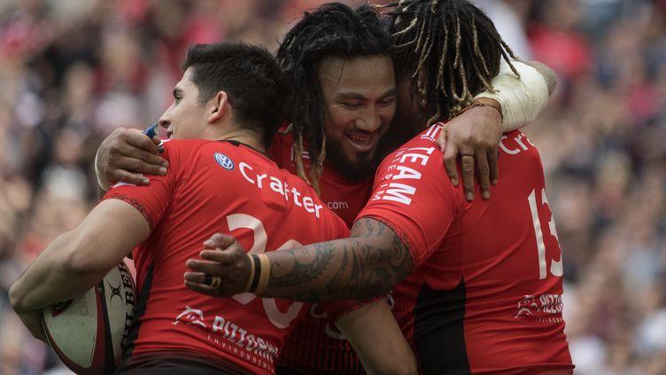 Les joueurs du Racing Club de Toulon. (BERTRAND LANGLOIS / AFP)