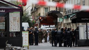 Fausse alerte a la bombe dans le premier arrondissement de Paris, le 17 septembre 2016. (REVELLI-BEAUMONT/SIPA)