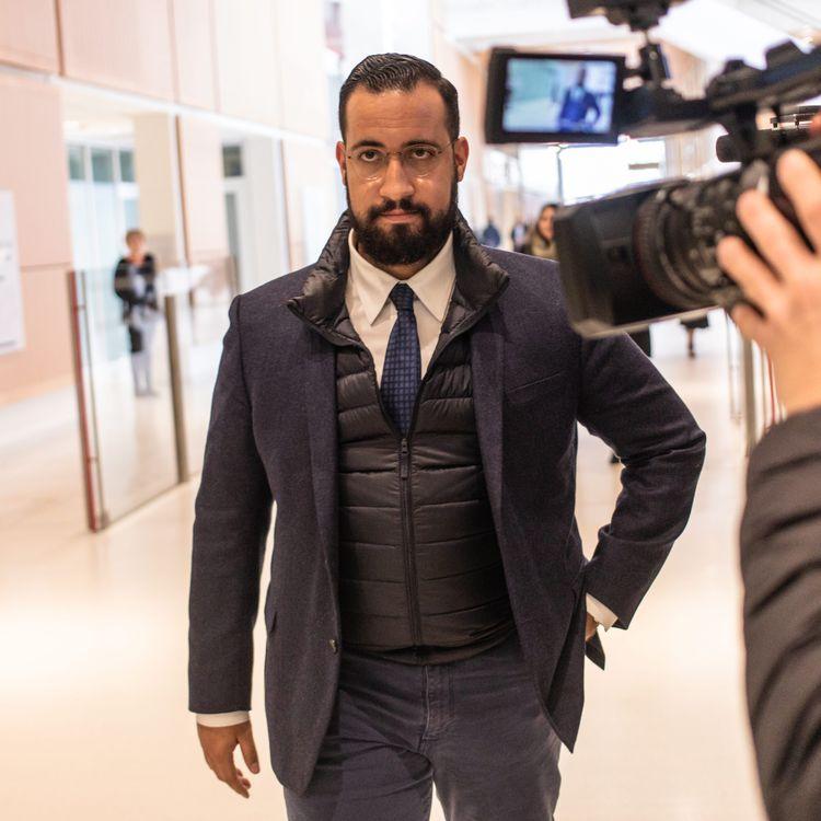 Alexandre Benalla, au tribunal de Paris, après un rendez-vous avec un juge d'instruction, le 20 mars 2019. (MAXPPP)