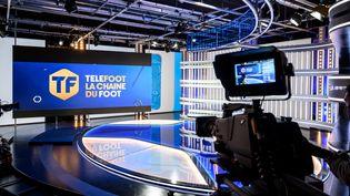 Un plateau de la nouvelle chaîne Téléfoot, qui diffuseraune grandepartie des matchs de Ligue 1, le 18 août 2020 à Paris. (BERTRAND GUAY / AFP)