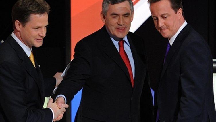 De gauche à droite: Nick Clegg (libéral-démocrate), Gordon Brown (travailliste), David Cameron (conservateur) (AFP - Stefan Rousseau - Pool)