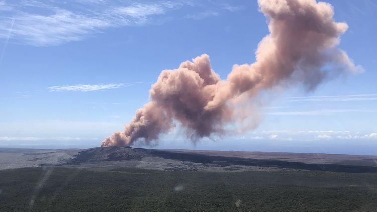 Le volcan Kilauea à Hawaï (Etats-Unis) en éruption, le 3 mai 2018. (KEVAN KAMIBAYASHI / US GEOLOGICAL SURVEY)