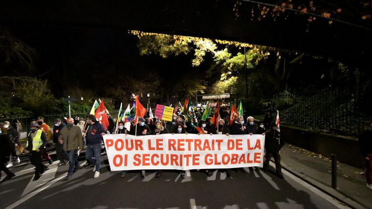 Manifestation contre le projet de loi de sécurité globale à Toulouse le 3 décembre 2020. (FREDERIC CHARMEUX / MAXPPP)
