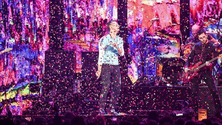 Coldplay sur scène le 22 février 2017 à Londres  (Shutterstock/SIPA)