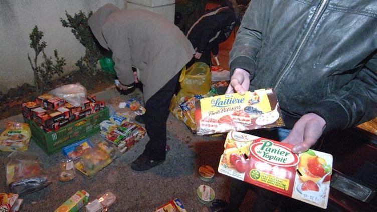 (Les députés votent des mesures contre le gsapillage alimentaire © MaxPPP)
