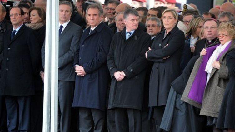 Aux obsèques des parachutistes tués à Montauban, Hollande, Dupont-Aignan, Bayrou, Le Pen, Joly (PASCAL PAVANI / AFP)
