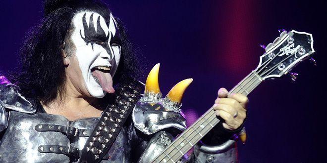 Gene Simmons, le bassiste de Kiss, au Hellfest, à Clisson (Loire-Atlantique, 22 juin2012)  (Jean-Sébastien Evrard)