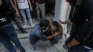 Desfrappes aériennes ont frappé le nord-ouest de la Syriele, le 16 août 2019. (MUHAMMED SAID / ANADOLU AGENCY / AFP)