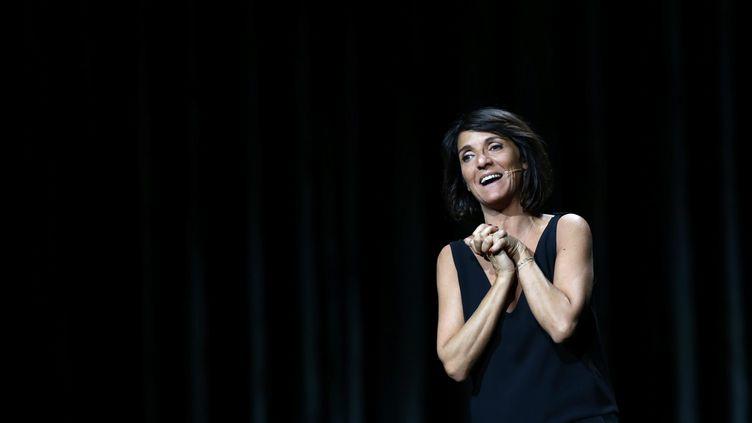 Florence Foresti en spectacle à Montbeliard (Doubs), le 3 novembre 2015. (MAXPPP)