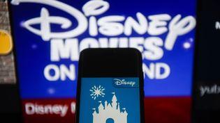 Le logo de Disney sur un smartphone, le 20 décembre 2019. (OMAR MARQUES / SOPA IMAGES/SIPA)