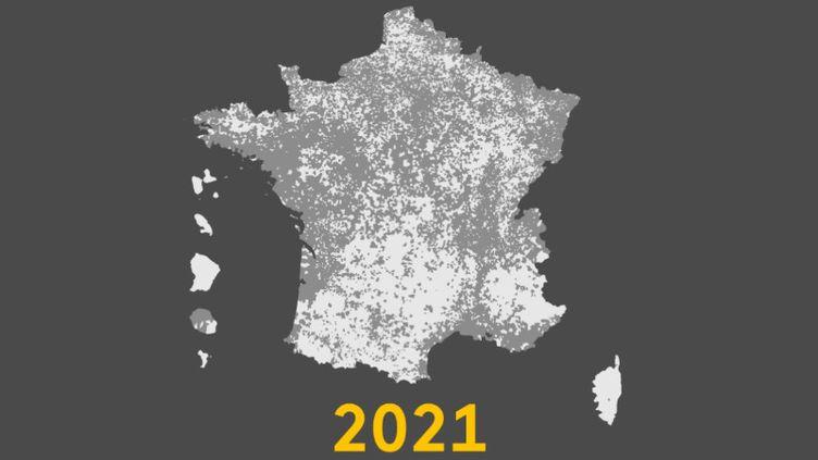 Carte de France des communes où l'abstention a dépassé les 60% au premier tour des élections régionales 2021. (FRANCEINFO)