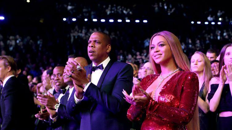 La chanteuse Beyoncé avec l'artiste de hip hop Jay-Z à la soirée des Grammys le 12 février.  (Christopher Polk / GETTY IMAGES NORTH AMERICA / AFP)