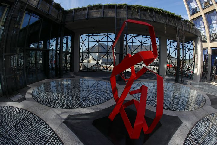 Le jardin de sculptures du nouveau du Zeitz-MoCAA Museum du Cap  (Nic Bothma / EPA / MaxPPP)