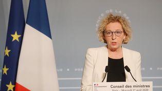 La ministre du Travail, Nicole Pénicaud, lors d'une conférence de presse depuis l'Elysée, à Paris, le 1er avril 2020. (LUDOVIC MARIN / AFP)