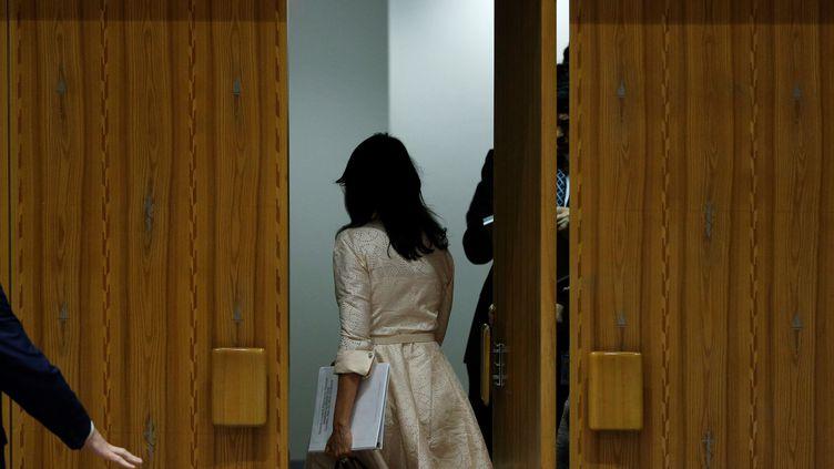 L'amabssadrice américaine des Etats-Unis à l'ONU quitte la réunion d'urgence sur la situation dans la bande de Gaza organisée à NewYork lundi 15 mai 2018. (ATILGAN OZDIL / ANADOLU AGENCY)