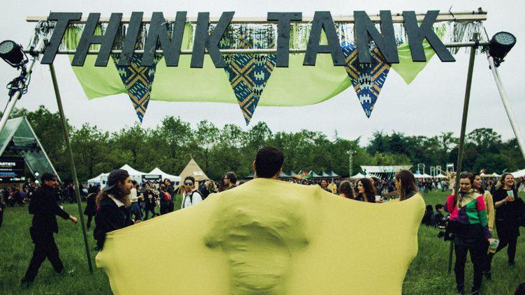 Le think-tank de We Love Green est un endroit où l'on peut discuter des problématiques environnementales entre festivaliers.  (We Love Green)