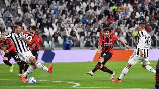 Sandro Tonali (Milan AC) très actif face à la Juventus Turin, dimanche 19 septembre 2021 (ALESSANDRO DI MARCO / ANSA)
