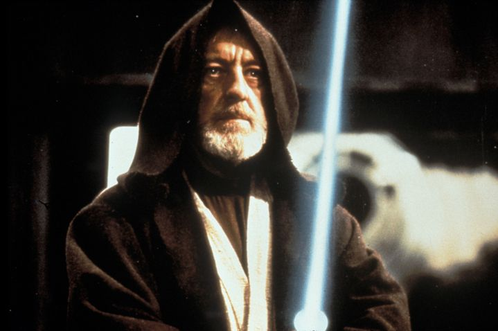 """Alec Guinness en Obi-Wan dans """"Star Wars épisode IV Un nouvel espoir"""" (1977).  (LUCASFILM / ARCHIVES DU 7EME ART / PHOTO12)"""