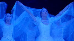 """""""Giselle"""" dans le 2ème acte  (France 3 / Culturebox)"""