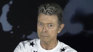 """David Bowie en 2015, session photo pour la promo de l'album """"Blackstar"""" .  (Sony Music)"""